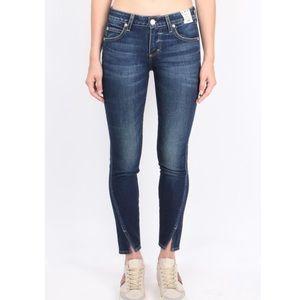 AMO Twist Jeans in True Blue